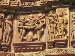 Misteri patung sex Kuil kamasutra india