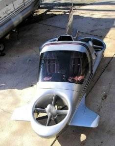 """WOW dulu ya Kawan .. """"Mobil terbang"""" ini disebut """"The Highway in the Sky"""". Jika tiap waktu agan terjebak macet, maka dengan menggunakan flying car ini agan bisa berputar dan menukik di angkasa agar bisa sampai di tujuan dengan cepat."""