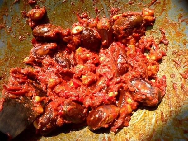 Sambal Durian Merah , makananan khas Suku Tidung, Kalimantan