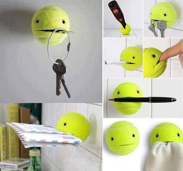 Beberapa pemanfaatan bola tenis sebagai aksesoris yang unik.