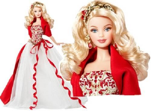 barbie Siapa manusia yang hidup di dunia ini yang tidak tahu tentang Barbie (Ok, mungkin ungkapan tadi sedikit berlebihan). Tapi yang menarik dari boneka ini adalah boneka ini terkenal bukan dari film. WOW ya barbie nya juga bagus
