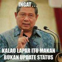 WOW!!! Pidato dari Pak SBY yang sangat menyentuh... Bertobatlah kalian para pengupdate status yang tidak penting. Apakah para pulsker salah satu diantaranya??? WOW nyaaa yahhh~