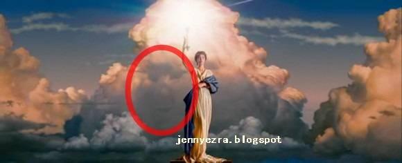 apa kalian melihat sosok wajah di awan tersebut Columbia Pictures yang ketemu klik wow nya