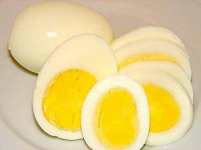 WOW ! ternyata Kuning pada telur membantu perkembangan memori atau daya ingat. Sedangkan putih telur untk perkembangan otot..