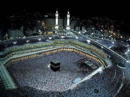 tak mengenal siang dan malam mereka beribadah dalam mensucikan hati dari segala hawa nafsunya ...