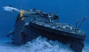 5 Kisah Mistik di Balik Tenggelamnya Kapal Titanic Kisah di rumah duka Paskatragedi Titanic, tim penyelamat menemukan 328 korban tewas dan membawa tubuh mereka ke Rumah Duka Snow & Co di Halifax, Nova Scotia. Menurut Encompass Magazine, rumah