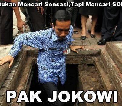 Hebat,, Pak Jokowi sampai masuk ke gorong hanya untuk melihat sampah yang menyumbat..!! siapa yang setuju Pak Jokowi menjadi presiden dan wakilnya Ahok pasti negara kita setingkat dengan amerika yang stuju di klik WOW nya y