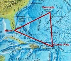 Ini Adalah Peta Segitiga Bermuda. Segitiga Bermuda sering disebut juga dengan Limbo of the lost, The twilight zone, Hoodoo Sea, Devil's Triangle. Segitiga Bermuda Adalah Kawasan Yg Mengandung Magnetik. [WOW] {WOW}