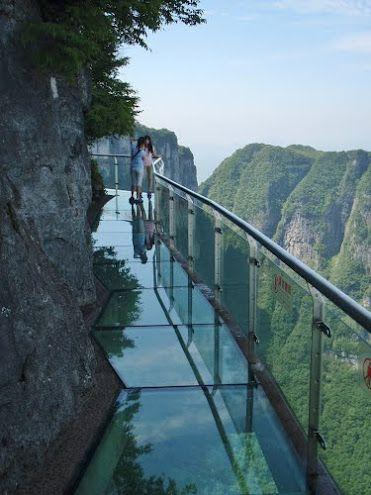 China Glass floors Tianmen Mountain National Forest Park