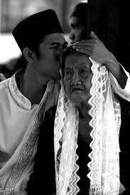 Ya Allah, aku mohon pada-Mu agar orangtuaku selalu mendapatkan kesehatan, keberkahan rezeki, dan kasih sayang-Mu ya Allah dan jadi kanlah orang tua ku menjadi penghuni SURGA mu ya Allah Amiinn Amin.. !