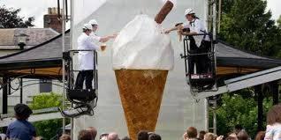 ice cream terbesar di dnia mau coba wow