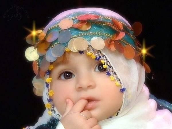 Subhannallah lucu sekali bayi ini.. siapa yang bilang bayi ini lucu klik wow nya ya :)