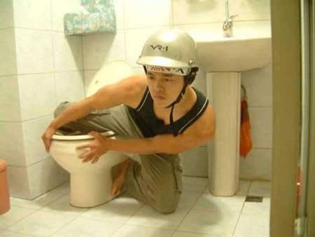 Orang yg impiannya jadi pembalap Moto GP tapi nggak kesampean.. :|