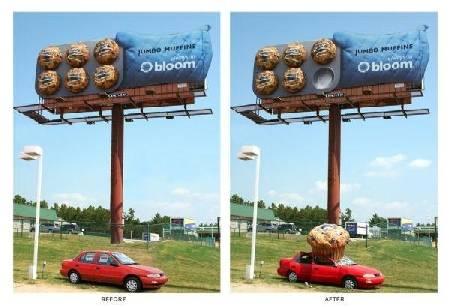 Bagaimana mungkin sih kue bisa jatuh dari baliho,, menimpa sebuah mobil .. Hahahaaa... Hebat... Wow donk... :D