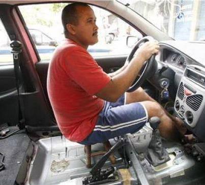 Jok mobil model terbaru 2013.. :|