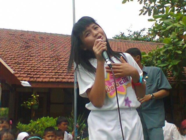Ini penampilan Salma Idola Cilik di sekolahku.. ^_^ yg merasa Salovers WOWnya donkk!!