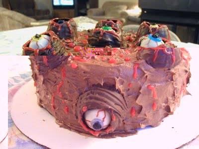 Siapa yg berani makan kue ini hiii... menyeramkan ea... tp ini beneran kue lho...