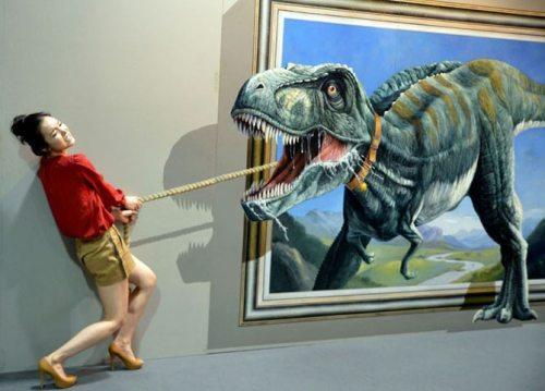 Ayo klik WOW untuk menolong wanita ini dari serangan Dinosaurus ^_^