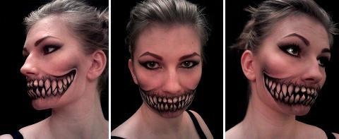 Fashion yang sangat menakjubkan, seperti mulut joker...apakah kamu mau di makeup seperti ini?