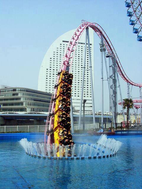 underwater roller coaster ! in japan !