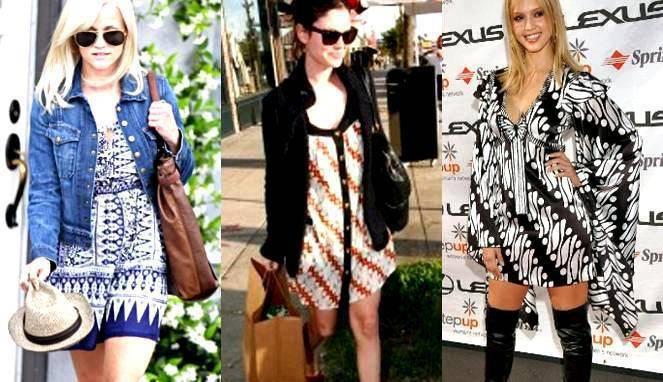 Aktris Hollywood seperti Rene Witheerspoon, Rachel Bilson dan Jessica Alba mengenakan gaun motif batik Indonesia. #WOW