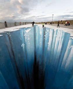 Hayo siapa yang berani seluncuran di jurang es ini?!WOW nya Ya!!!