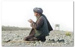 Sholat Tahajud, adalah Sholat yang dikerjakan oleh kaum Muslim pada tengah malam sete