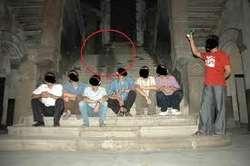 Penampakan hantu di Lawang Sewu Semarang! Jangan lupa WOW nya yah~ ;)