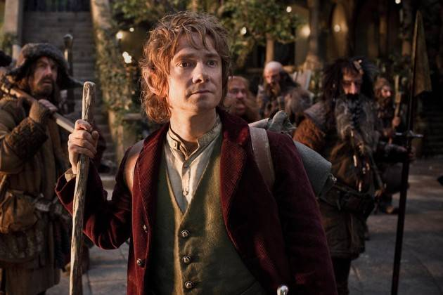 bilbo Baggins adalah seseorang karakter dari film the hobbit,bilbo berberab sebagai penengah diantara para kurcaci ,difilm ini diceritakan petualangan bilbo untuk mndapatkan istana kurcaci yang telah direbut oleh naga jahat.sudah penah mlihtx ?