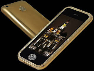 Ini dia TARA... ,,, :) Kalian pasti tau I-Phone kan? hmm... pasti ini bukan sembarangan iphone inilah: HP TERMAHAL DI DUNIA!! HP INI DILAPISI DENGAN EMAS KARAT 200 DAN BERLLIAN SEHARGA 4 JUTAAN HARGA HP INI SENILAI 80 JT-95 JT .