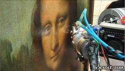 Ilmu pengetahuan tiada henti menelusuri pesona Mona Lisa, yang kali ini dengan menggunakan tekhnik X-ray untuk memahami bayang-bayang dalam wajahnya. Lukisan tersebut merupakan salah satu dari tujuh karya Leonardo Da Vinci yang diteliti oleh Ph