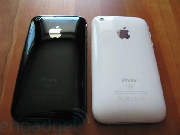 iPhone Murah Meriah Bisa Hadir Tahun Ini Kabar mengenai kehadiran iPhone mini dengan harga murah kian santer terdengar. Satu lagi sumber dari Apple mengatakan bahwa iPhone dengan harga miring tersebut memang tengah digarap.