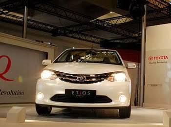 Toyota Etios Lebih Murah dari MPV Avanza, akan MASUK ke INDONESIA Toyota Astra Motor (TAM) memastikan bakal meluncurkan Etios ke Indonesia di bulan Maret. Toyota Etios akan bersaing dengan Mitsubishi Mirage dan Nissan March.