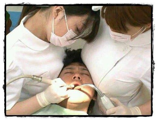 Kata orang sih lebih baik sakit hati dari pada sakit gigi, karena sakit gigi lebih sakit ketimbang sakit karena patah hati… tapi kalau untuk gambar diatas menurut kamu gimana apakah sakit gigi terasa sangat sakit atau ……. WOWW,,,!!!