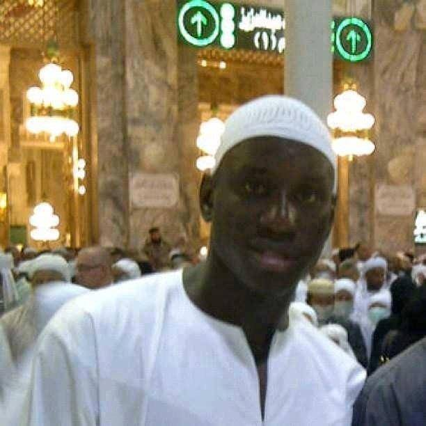 Demba Ba: I do not like when people compare me with Mario Balotelli. I do not smoke and do not consume alcohol and I pray five times a day in a mosque.