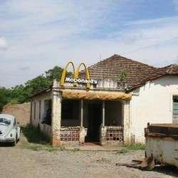 restoran yang aneh......