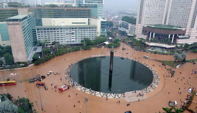 .WOW..jakarta kolam renang terbesar di dunia(BANJIR)