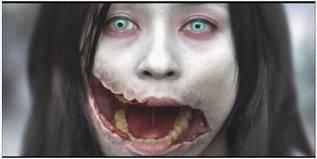 Kuchisake-onna (wanita bermulut robek) adalah sejenis siluman dalam mitologi dan legenda urban Jepang. Ia berwujud seorang wanita yang bermulut robek. Dalam legenda urban Jepang, ia menutupi mulutnya dengan masker operasi dan sering muncul..