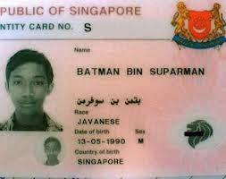 Bagi yg mau punya anak, anak nya jangan di kasih nama kaya gini !! :D Dasar Singapore bikin nama sembarangan. *Hahaha :D Mana WOW nya dong ?
