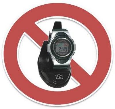 3 HAL YANG DILARANG KETKA TIDUR 1.Memakai jam tangan Menyebabkan: Jam tangan menimbulkan radioaktif 2.Memakai BRA Menyebabkan: Kanker Payudara 3.Membawa HP menyebabkan: Gelombang magnet yang ditimbulkan HP dapat merusak sitem syaraf