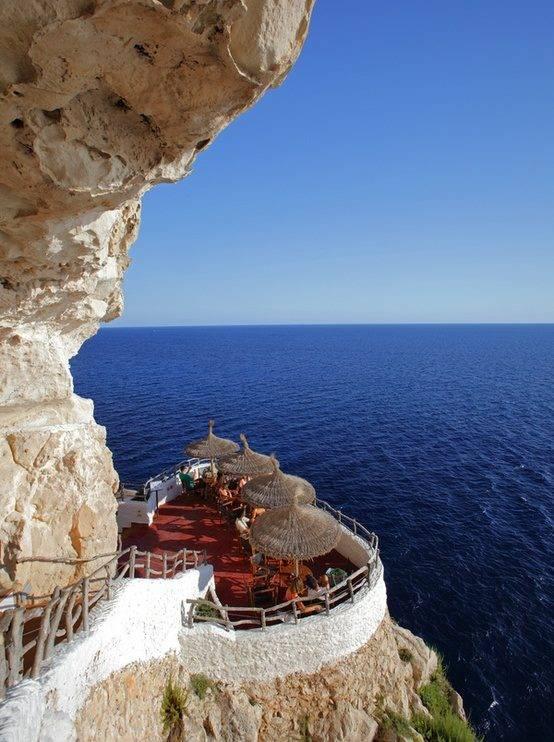 Seaside Cafe, Menorca, Spain. WOW jika menurut anda ini indah.