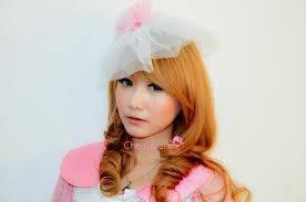 Genoveva Jessica Steffany Auryn. Itulah nama panjang dari Auryn ChiBi atau bisa disebut Ryn. Lahir di Jakarta, 30 Januari 1993. Dia personil termuda setelah GigiChiBi. Nama fansnya adalah Rynism