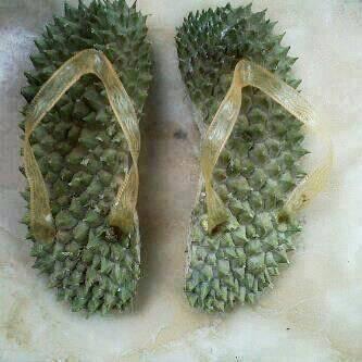 ada yang minat nihh sandal made in palembang 100% original jangan lupa WOW nya ^-^
