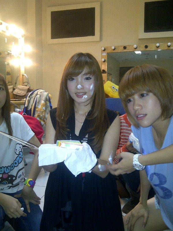 me waktu birthday with gigi chibi