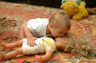 klik WOW ??? dan apakah ada yg janggal dengan foto ini ??? new.-http://pulsk.com/72033/lihat-warna-merah-hingga-15-detik-dan-kemudian-cobalah-melihat-ke-dinding.....Jangan