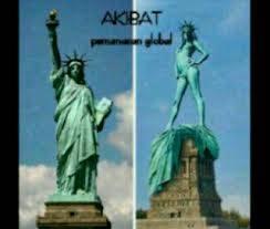 hehehe,.. taukah kamu ?? akibat di amerika serikat pada bajunya gk sopan,. sekalian aje patung liberty telanjang,.. hehehe.... wow .. :D