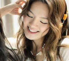 si cantik hyoyeon... yang SONE,, wownya dong...