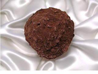 Coklat termahal didunia * Pencipta: Knipschildt * Harga: US$ 2.600 (sekitar Rp 26 juta) per 450 gram * Tempat: Norwalk, Connecticut