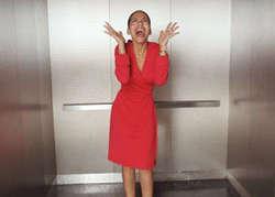 5 Kejadian Tragis Terjebak di Dalam Lift