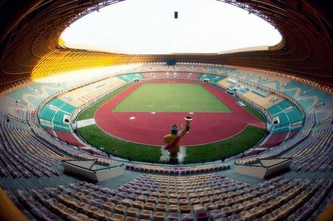WoW Stadion Utama Riau Masuk Sebagai 16 nominasi Stadium of the Year 2012 double WOW....hhehehe